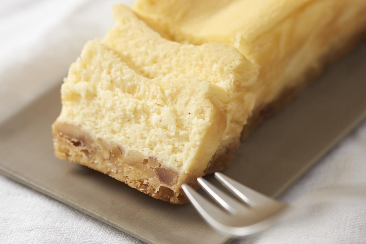 BAKEの新サブブランド「THE CHEESE TERRINE by BAKE CHEESETART」のチーズテリーヌ