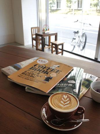 鹿児島にコーヒースタンド-地元のバリスタが開業、ティールームも併設