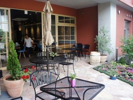 鹿児島中央駅近くに住人参加型の集合賃貸住宅-1階はカフェ ...