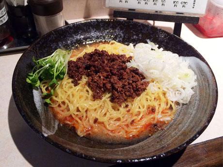 「豚の群」の「汁なし担々麺」(650円)