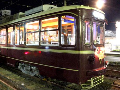 レトロな雰囲気のイベント電車