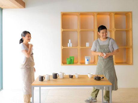 3周年を迎えた「すすむ屋茶店」の「すすむ屋茶具」