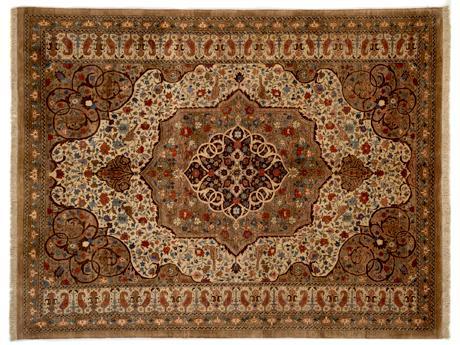 イランの庭園をモチーフにデザインされたペルシャ絨毯