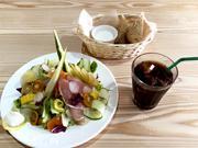 鹿児島に洋食店「kitchen side dish」 旬野菜使ったサラダやおにぎりも