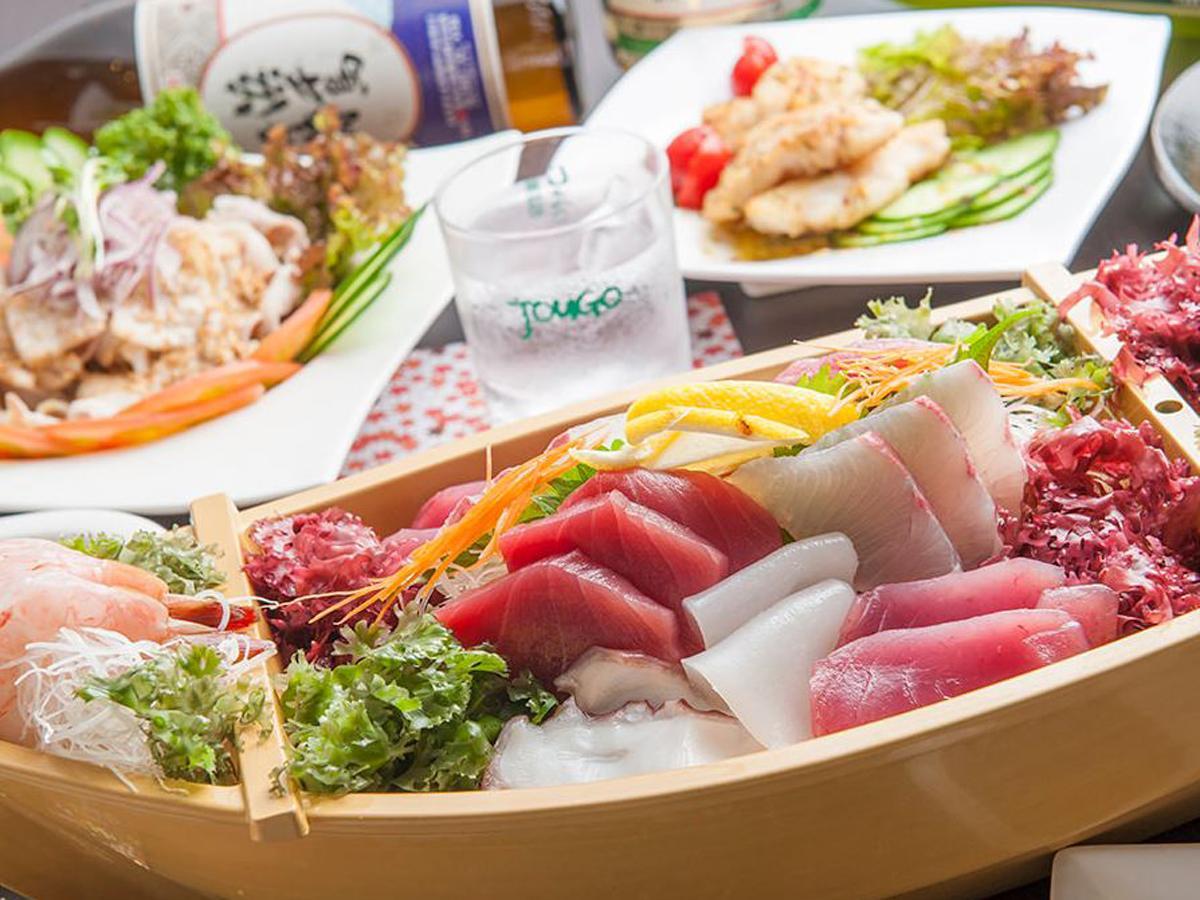 奄美大島から直送している、海鮮がメイン