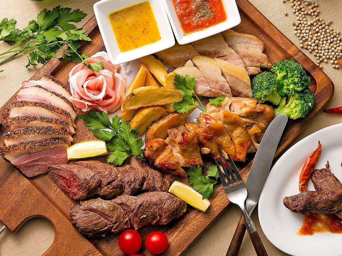 写真映えする肉バル料理