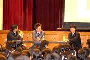 加古川のラーメン店社長が母校で講演会 同窓生・レイザーラモンH.G.さんもエール