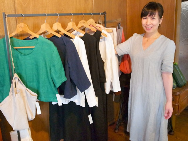 店主の服飾作家、武田玲子さん