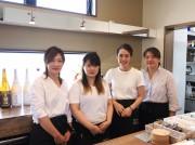 加古川にカフェ&バー 時間帯によりメニュー入れ替え