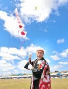加古川凧の会が富山の「凧まつり」参加 個性豊かなたこ競演
