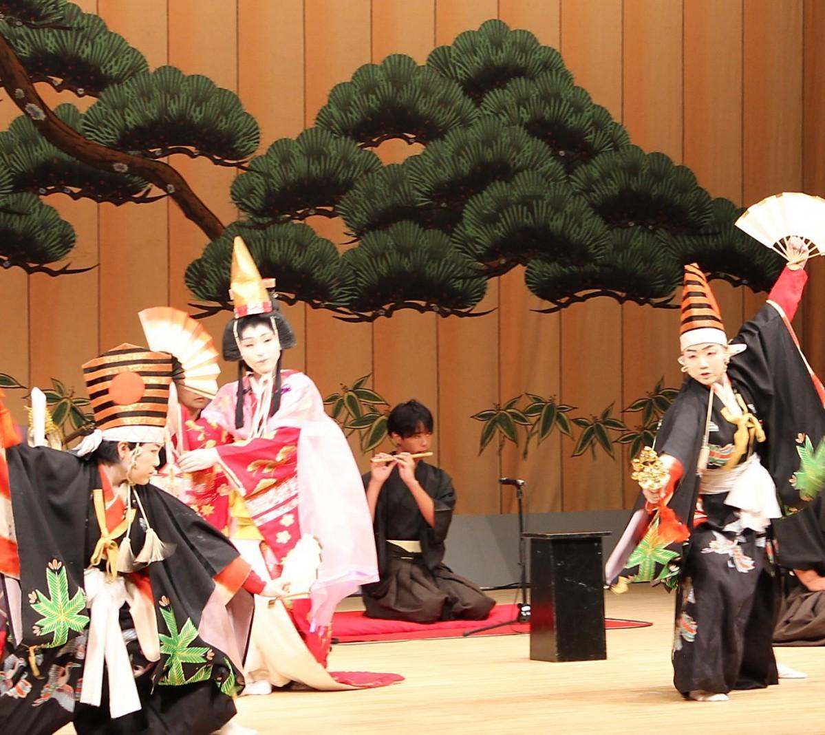 播州歌舞伎クラブの講演の様子