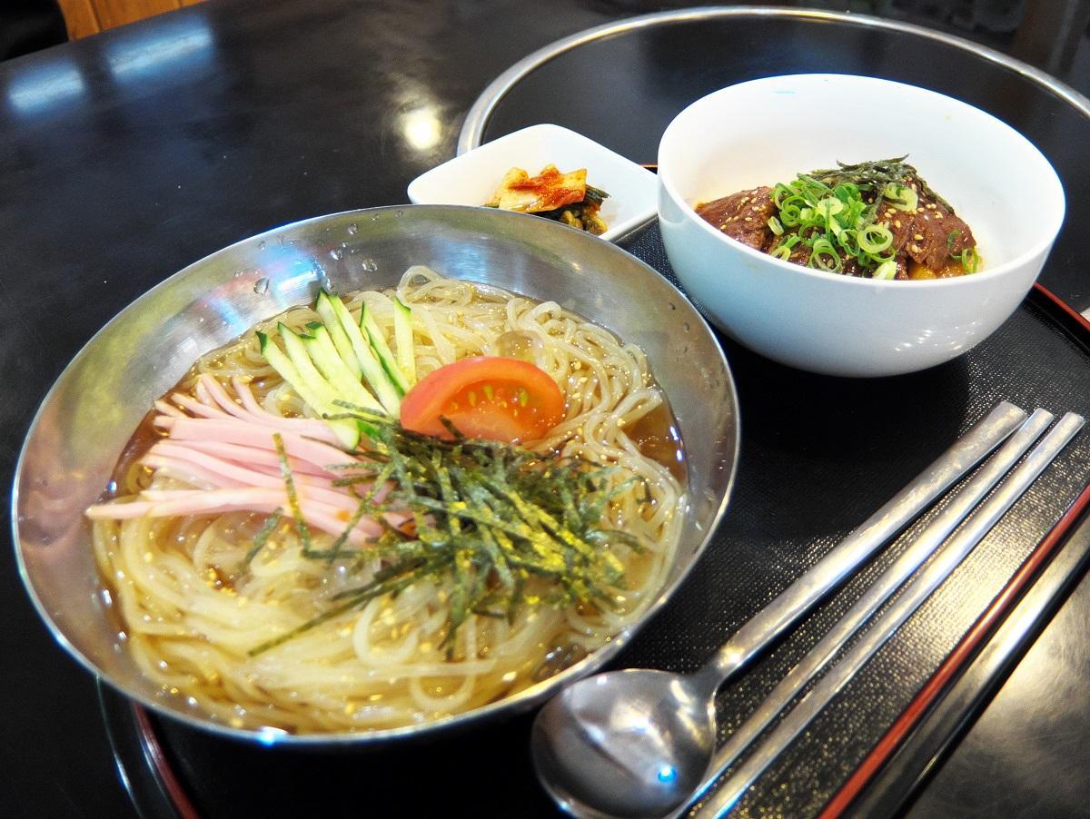 夏季限定「冷麺セット」