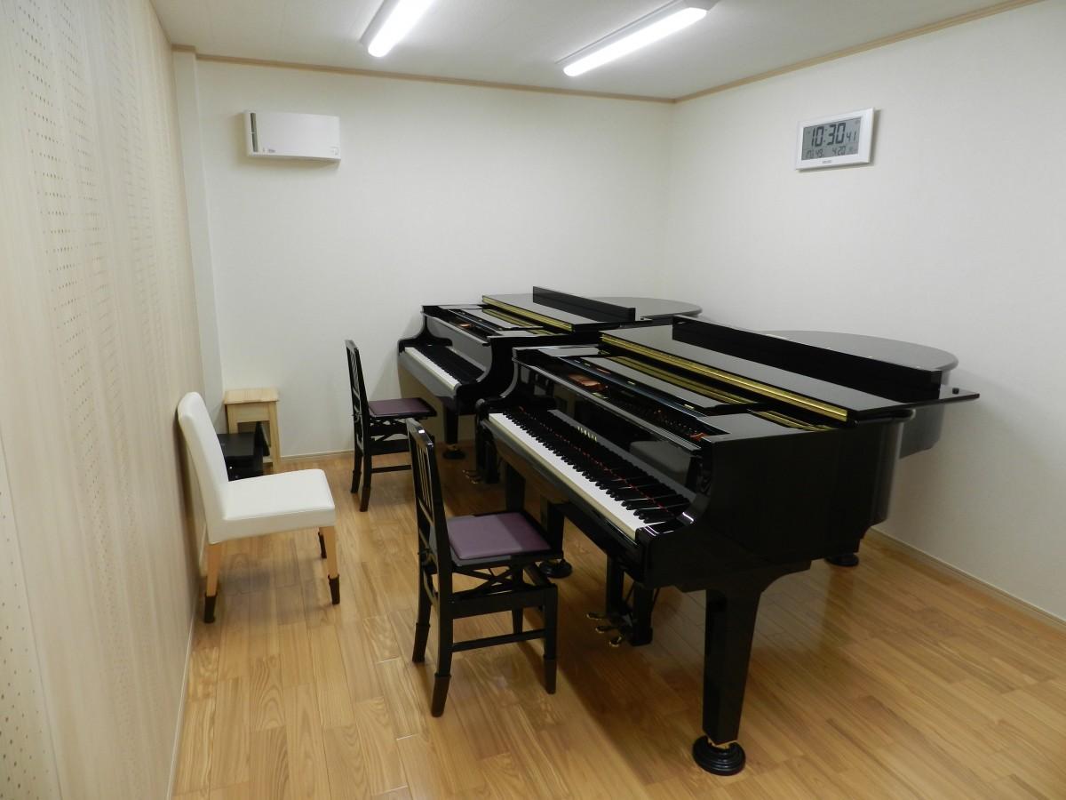専門家による音の響きと吸収を考えた防音設計のレッスン室