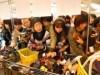 加古川で「靴下まつり」 2500人が地元メーカー直販靴下買い求め