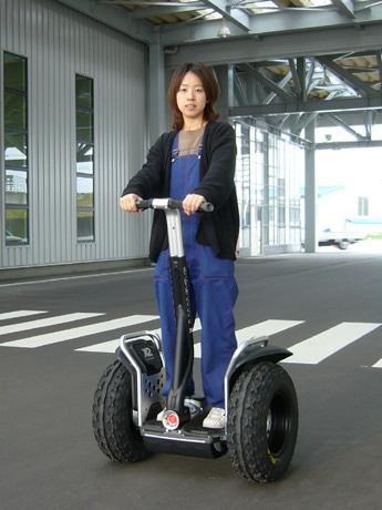 一人乗り充電式二輪車「セグウェイ」・オフロードタイプ