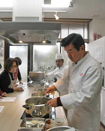 ANAクラウンプラザホテル金沢の中華料理長が指導する