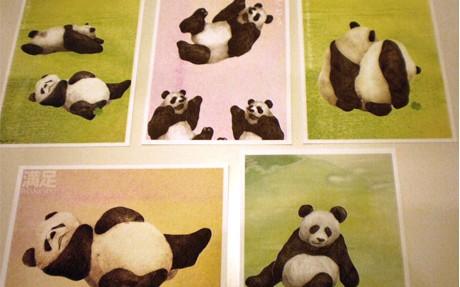 いわいみかさん制作、パンダが描かれたポストカード