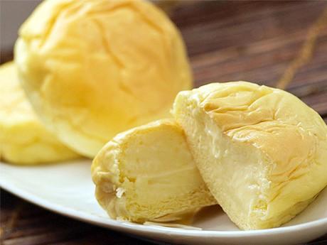 春の催事で人気を集めた八天堂の「くりーむパン」(めいてつ・エムザ提供)