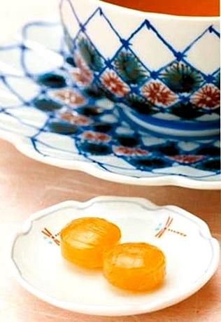 「茶レンジの会」が開発した「加賀の紅茶・米飴」