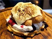 金沢生まれのメロンパンアイス専門店、新幹線開業で金沢限定商品