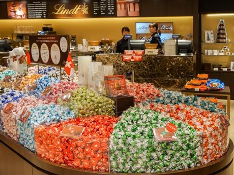 「リンツ  ショコラ カフェ」金沢百番街Rinto店