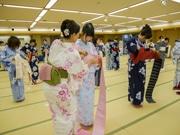 金沢で「かなざわ美人稽古」 浴衣の着付け・所作教室で美意識育てる