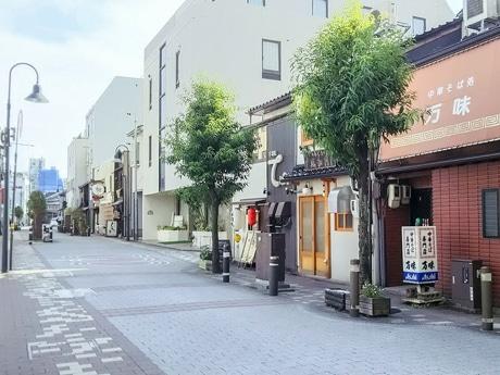 「さんま・ひやおろし祭り」が開催される三和商店街