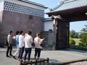 金沢城公園で謎解きツアー、伝統芸能体験施設「侍館」が新企画