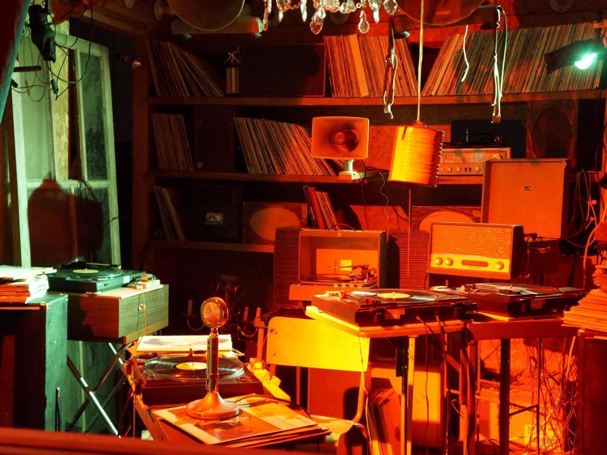 「小さな部屋のためのオペラ」(展示室11)