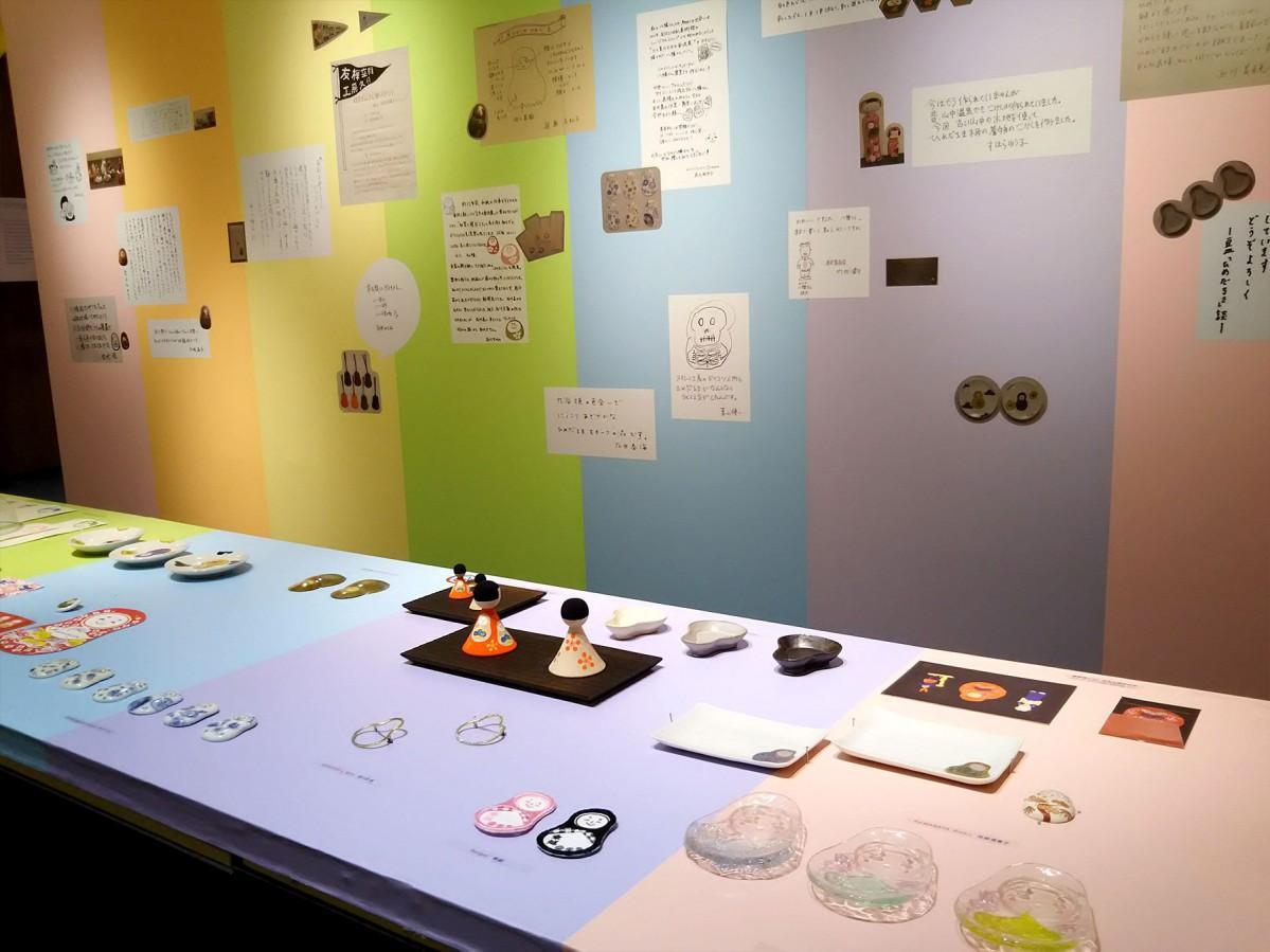 約50組の作家らが金沢をモチーフにした作品を展示
