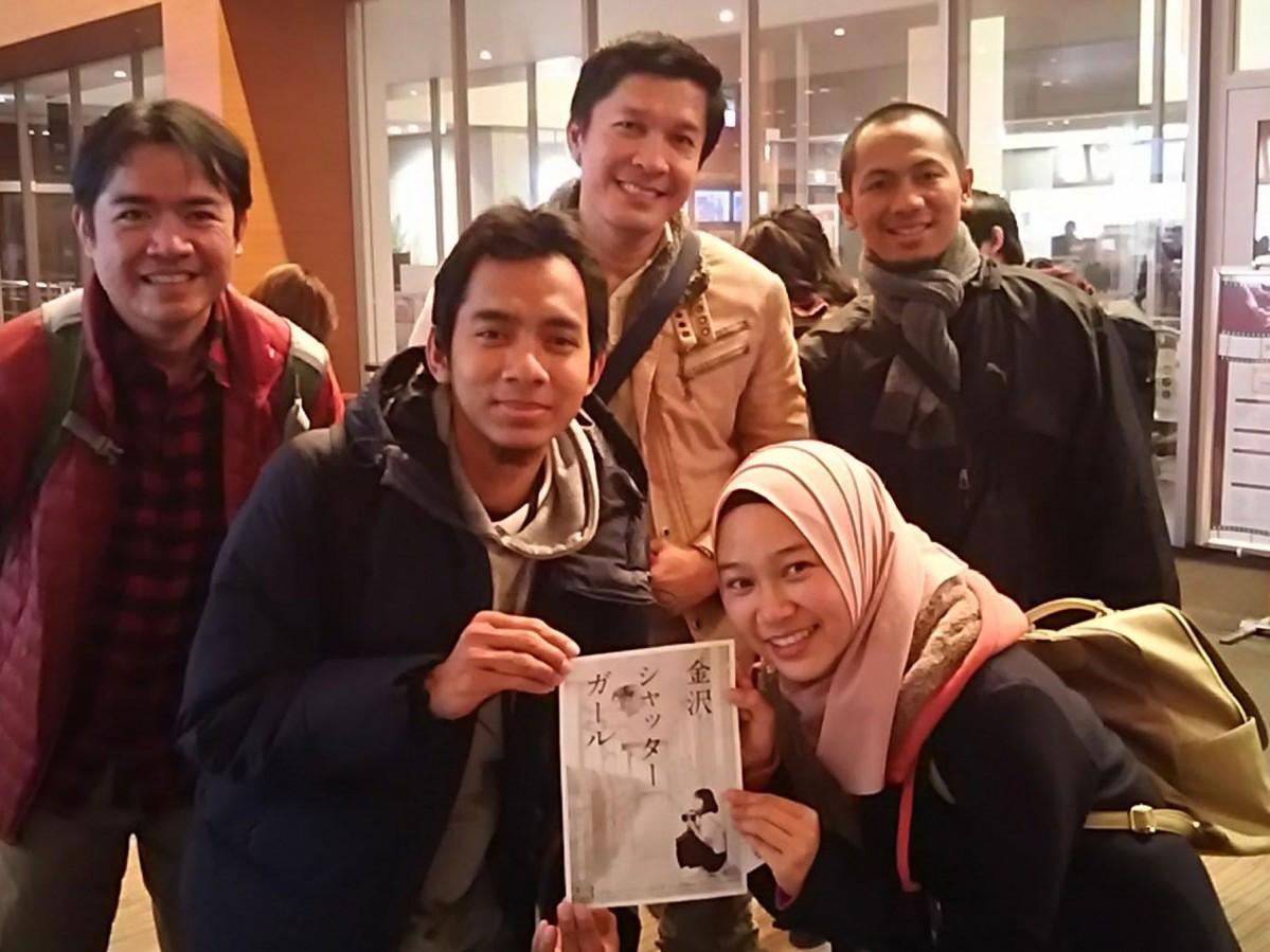 試写会に訪れた外国人参加者