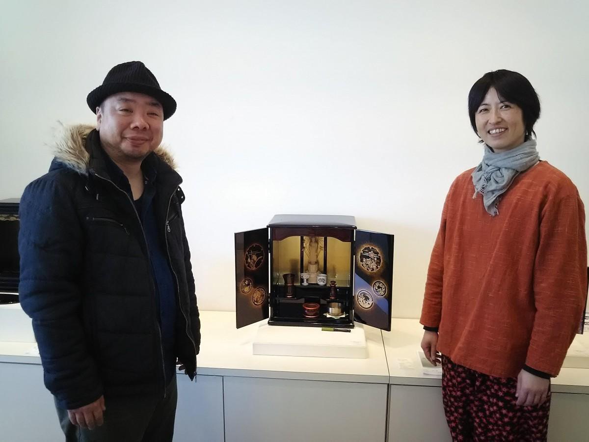 金沢仏壇青年部の大竹さんと齊藤さん