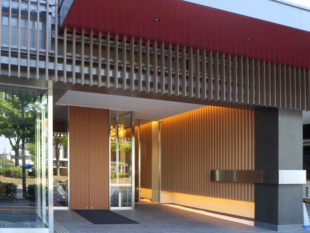 「ホテルビスタ金沢」の入口
