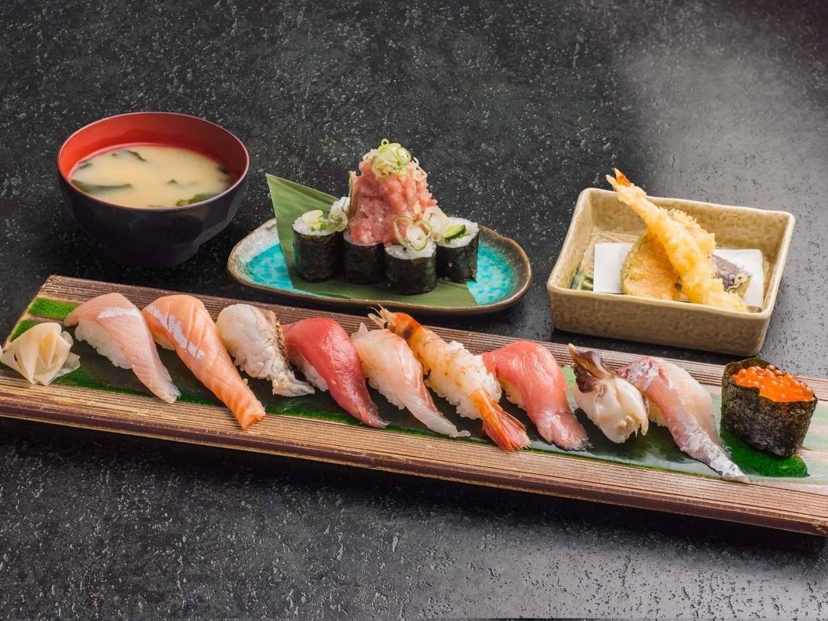 どと~んと日本海の「上寿司10貫のっけ盛りセット」