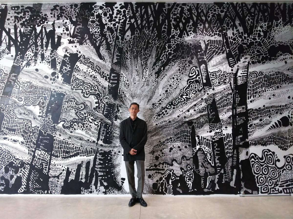 壁面ドローイング「森」と大岩オスカールさん