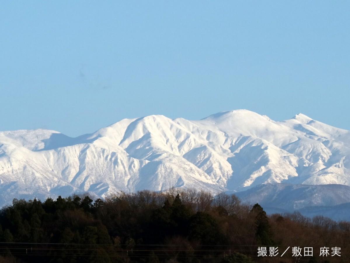 観光資源のイメージ(白山連峰)