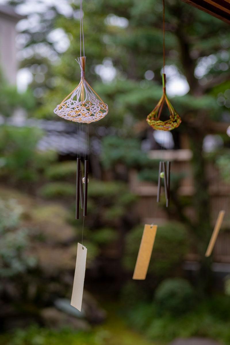 金沢の水引工房が「平和の祈り」込めて制作した風鈴