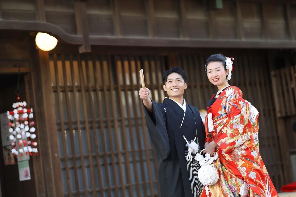 金澤町家でのフォトウエディング企画に参加した中野さん夫婦