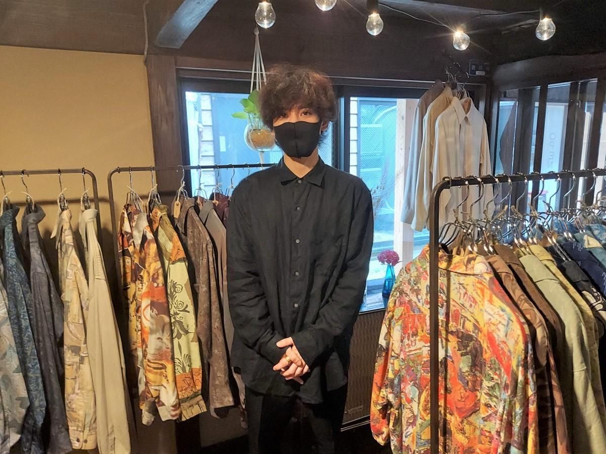 古着店「あんぶれら」と店主の松岡さん