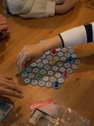 神保町にゲームカフェバー「アソビCafe」 世界中のボードゲーム用意