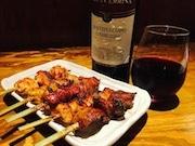 神田に「ワインのてけてけ」 鶏料理専門店「てけてけ」の派生業態