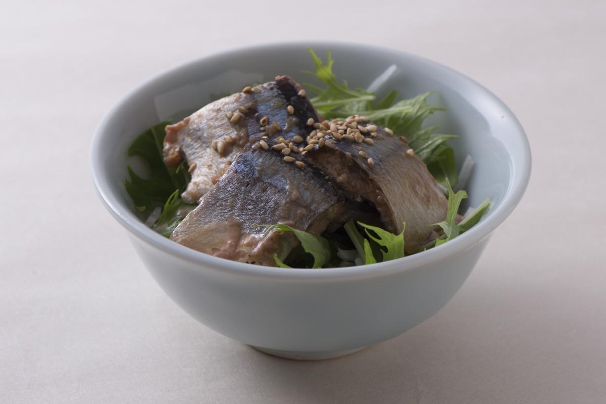 SSK「うまい!秋刀魚醤油煮」を使って「さんまのはりはり」