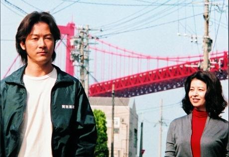 京都シネマで9月24日、「サッド ヴァケイション」青山監督による舞台あいさつが行われる。