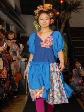 女子学生団体「BAMP!」は12月14日、SOHOLM CAFEでファッションイベント「京小町night」を開催する。