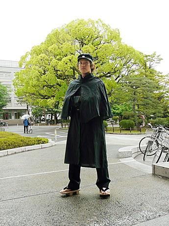 京都大学でバンカラ学生とキャン...