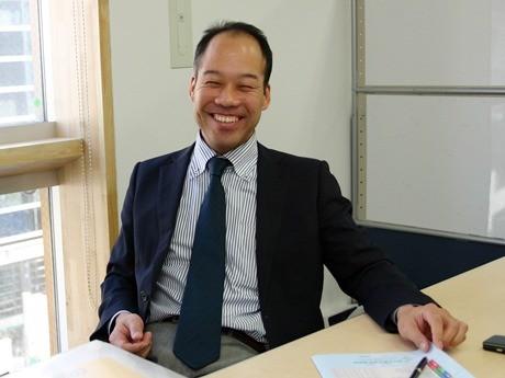 「採活大学」の竹中学長