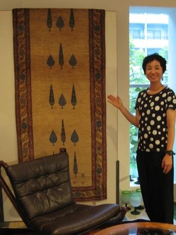 「ギャベ」と呼ばれるイランの手織りじゅうたん