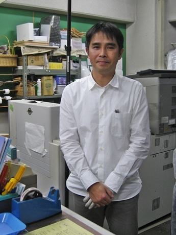 「フォトジェニック錦店」の福井店長
