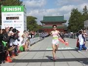 京都マラソン男女1位決まる 山中教授も自己ベスト