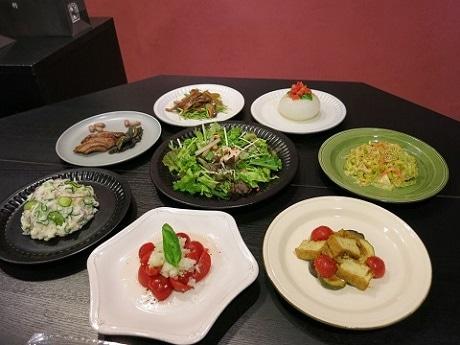 発表された総菜8品